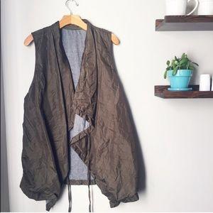 Chalet et céci | Crinkle Olive Green Vest